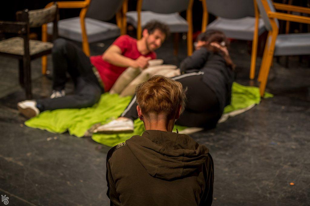 Antal D. Csaba és Szandtner Anna - Lehet a gátmetszésről, az otthonszülésről és a hálapénzről színházat csinálni? 4